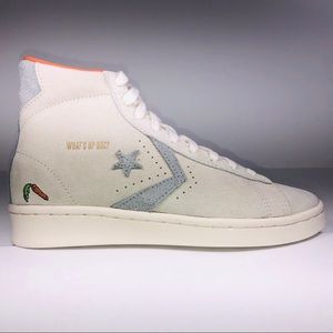 Converse Bugs Bunny's Pro Leather Hi Ivory Sneaker